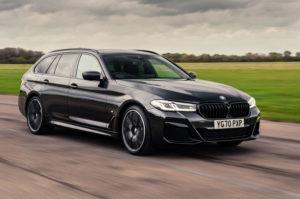 Обзор BMW 5 серии Touring 530d 2021 в великобритании